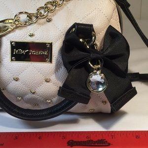 Betsey Johnson Bags - Like new Betsey Johnson mini crossbody.